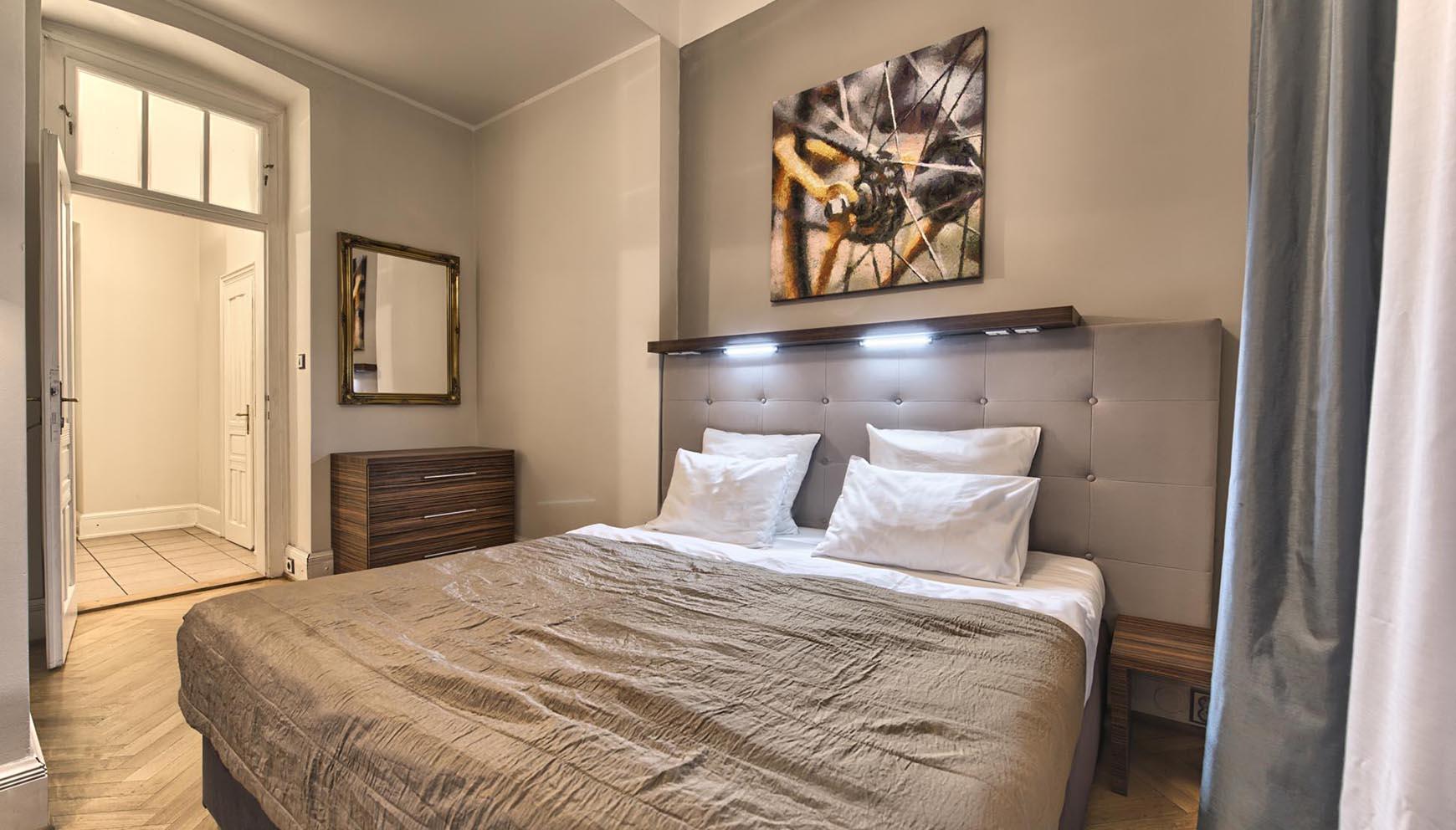 average price of a one bedroom apartment  mangaziez